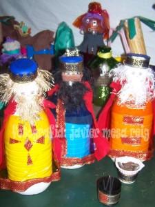 belenreciclado3javiermesareig 225x300 Belen reciclado y solidario para las navidades del 2008/2009
