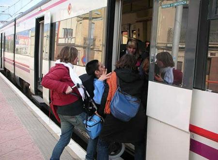 discapacitado_tren.jpg