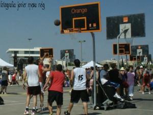 basket1javiermesareig 300x225 Torneo 3 x 3 de Basket en la Marina Norte del Americas Cup Port
