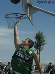 basket4javiermesareig 225x300 Torneo 3 x 3 de Basket en la Marina Norte del Americas Cup Port