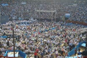 dsc05936 300x200 La Marea Azul arrasa en la plaza de Toros de Valencia con la visita de Mariano Rajoy a Valencia