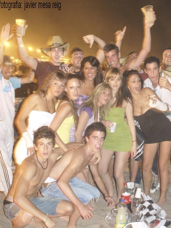 sanjuan1javiermesareig4 Valencia celebró una impresionante Noche de San Juan en la Playa de la Malvarrosa