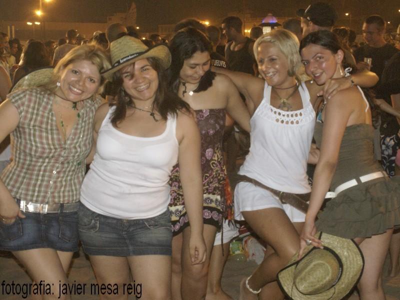 sanjuan1javiermesareig6 Valencia celebró una impresionante Noche de San Juan en la Playa de la Malvarrosa