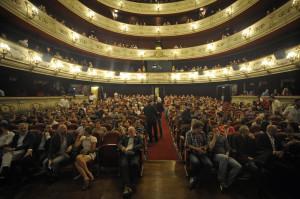 prensa_imgs_103-gala-de-clausura-publico